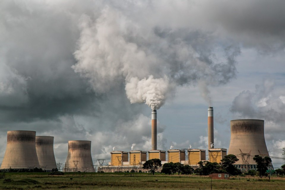 Pollution by fossil fuels